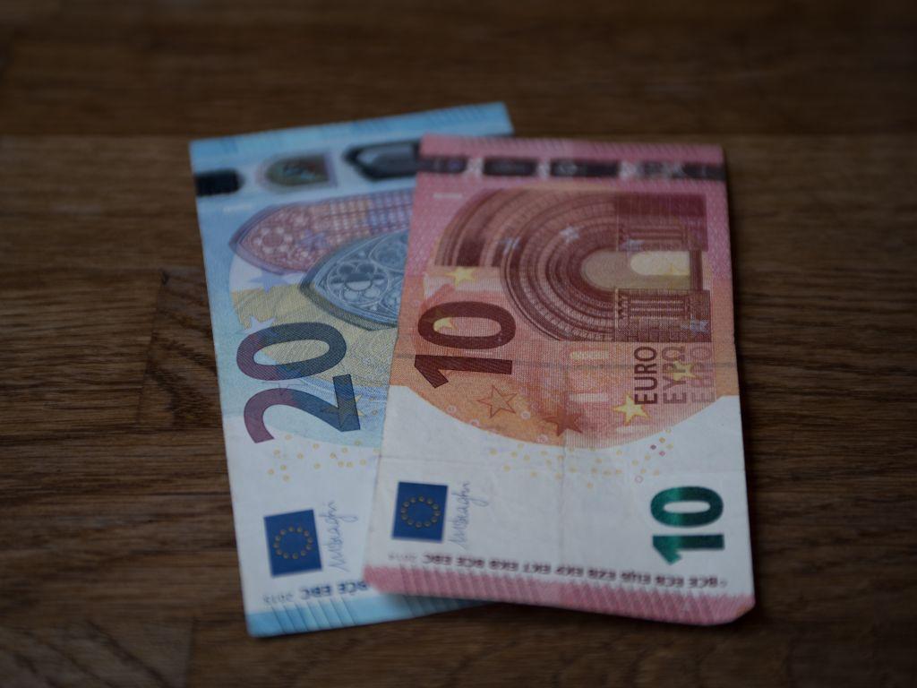 Tania pożyczka - jakie kryteria wziąć pod uwagę
